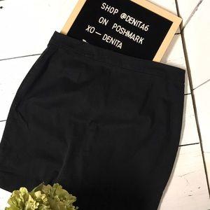 Woman's Gap Black Pencil Skirt Size 8
